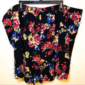 Torrid Floral Black Shorts Pull On 4X/26